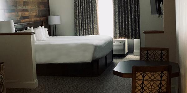 King Bed Standard Room Trackside Room